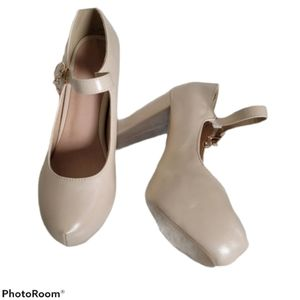 Nude Thick High Heel Pumps 4 inches w/ Strap NWOT